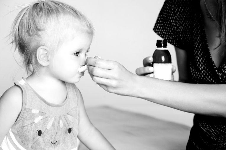 Rimedi omeopatici per la tosse secondo la Materia Medica Omeopatica